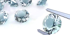 Finding the perfect diamond for your engagement ring at Enhancery Jewelers in San Diego, CA